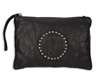 bolso pequeño de mano en piel negro